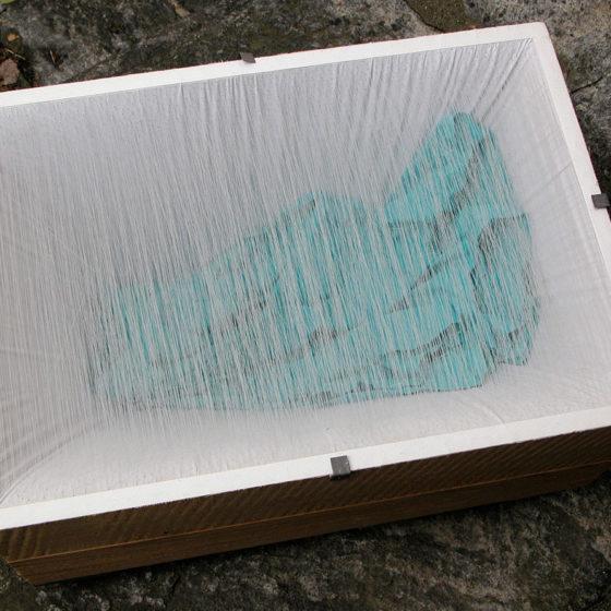 Primo ballo, bois, étoffe et fils, 42x60x20 cm