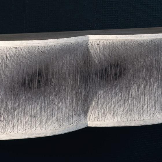 Occhi, bois, étoffe et fils, 50x14x12 cm